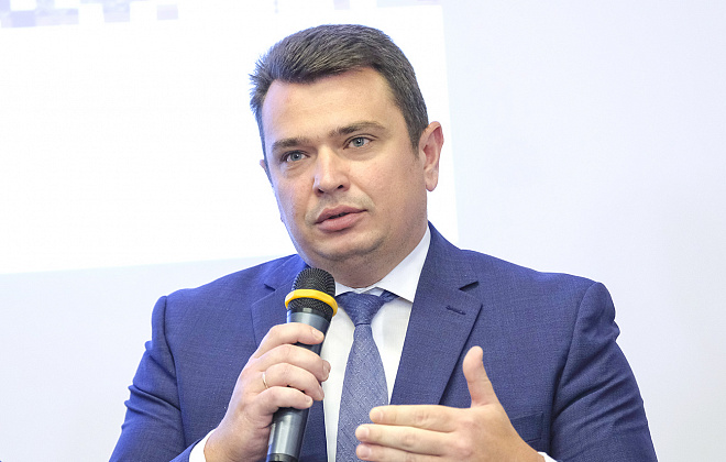 "Politologist: ""Head of National Anti-corruption Bureau of Ukraine makes scary precedent of ignoring courts' decisions"""